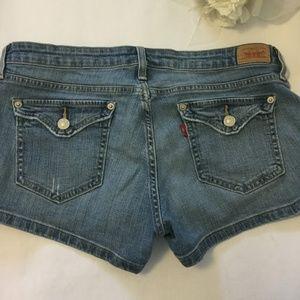 Women's Levi's Denim Flap Pocket sz 9 Shorts